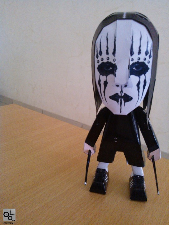 Joey Jordison Slipknot Papercraft Toy